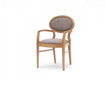 The Odolo contract chair adds sophistication to hotels, restaurants or care homes