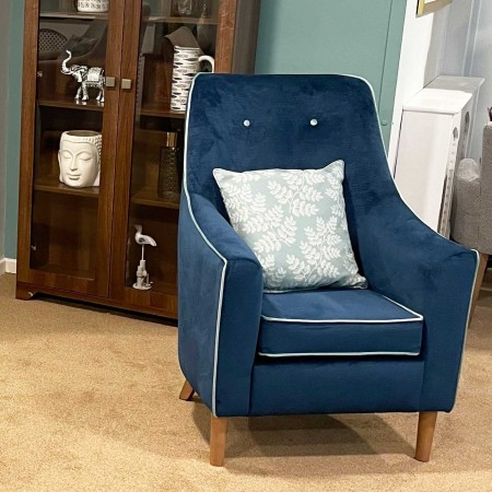 Rona mid back lounge chair