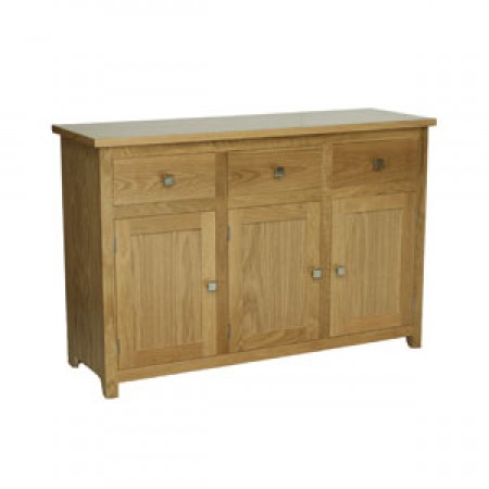 New England Sideboard, 3 door, 3 drawer